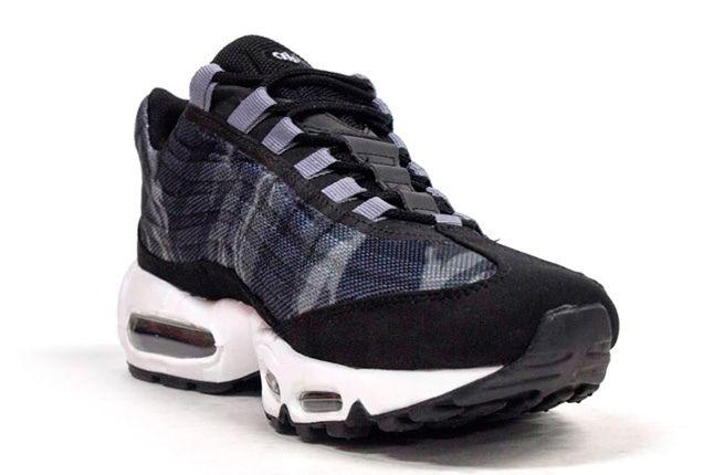 Nike Am95 Prm Tape Black Camo Toe Quarter 1