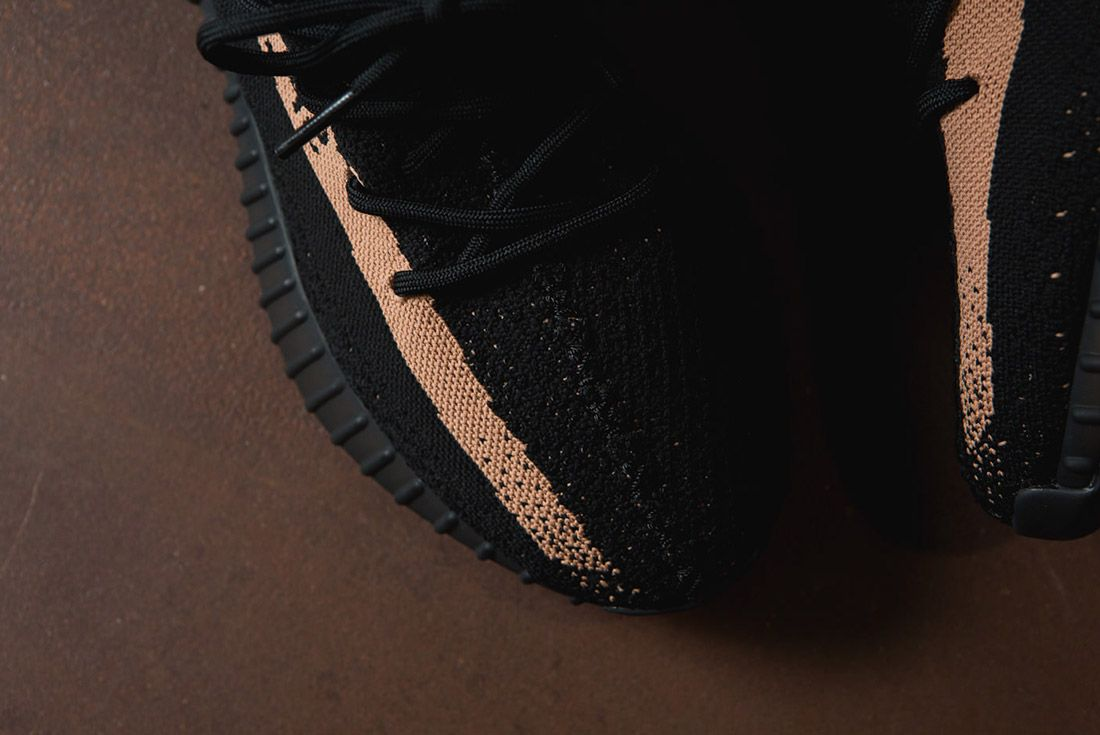 Adidas Originals Yeezy Boost 350 V2 Black Copper Solar Red Green 79