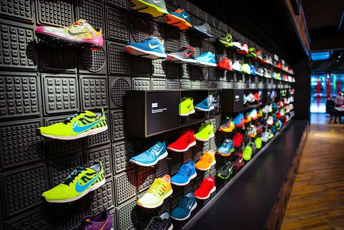 Adidas Bourkestreet