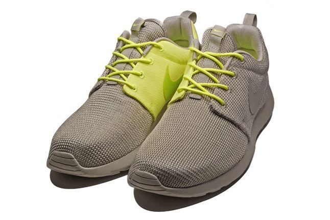 Nike Roshe Run 2Face Volt Hero 1