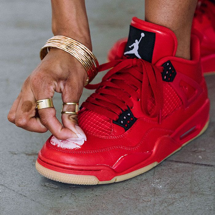 Air Jordan 4 Scratch