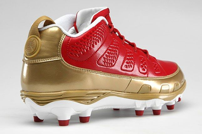 Jordan Cleat Red Gold 1