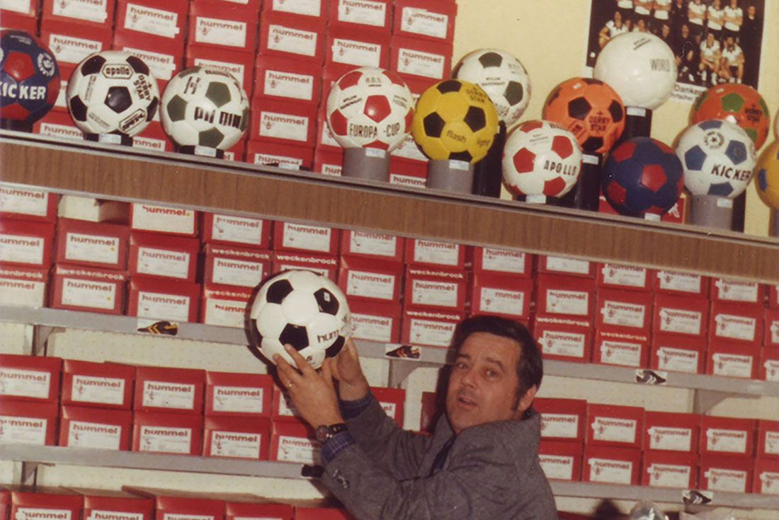 hummel football portrait