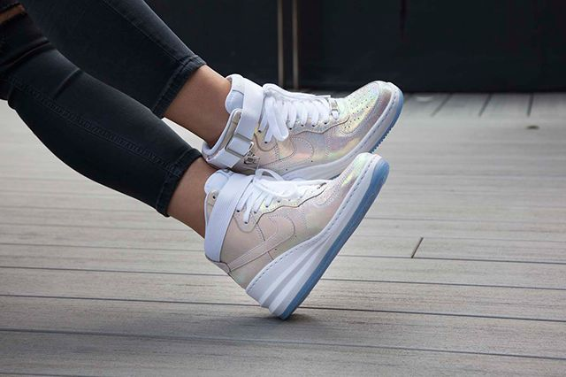 Nike Sportswear Mother Of Pearl Pack 4