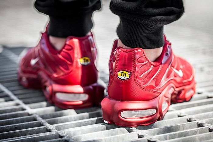 Nike Air Max Plus Pepper Red