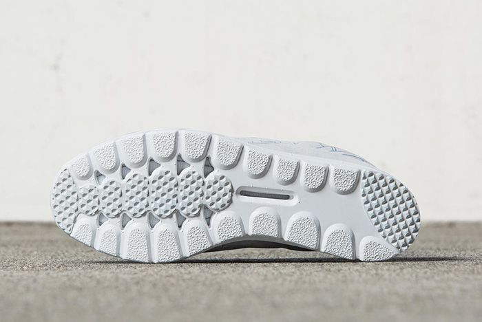 Nike Mayfly Premium Summit White Smokey Blue 4