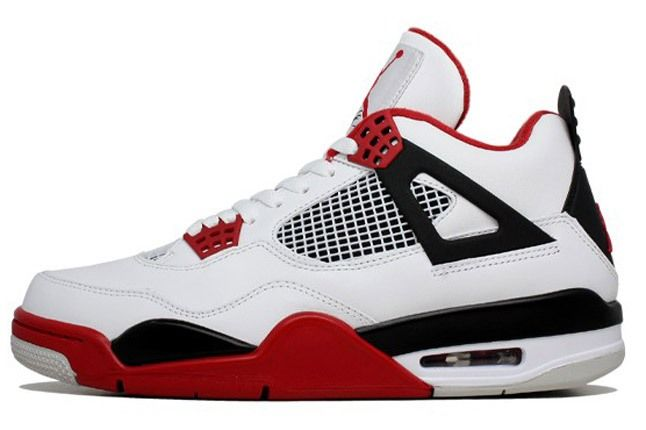 Air Jordan 4 Fire Red Side 1