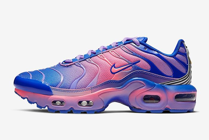 Nike Air Max Plus Gradient Purple Left