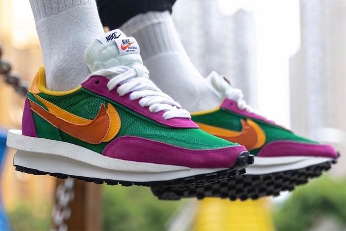 Sacai Nike Ldwaffle Pine Green Right