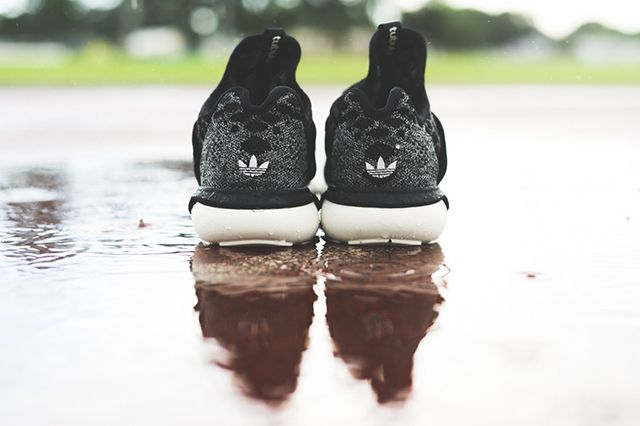 Tubular Runner Prime Knit B25574 Black Carbon Sneaker Politics Hypebeast 4 1024X1024