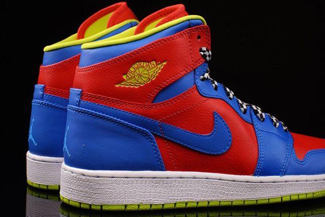Nike Aj1 Chilling Redcyber Photo Blue 1