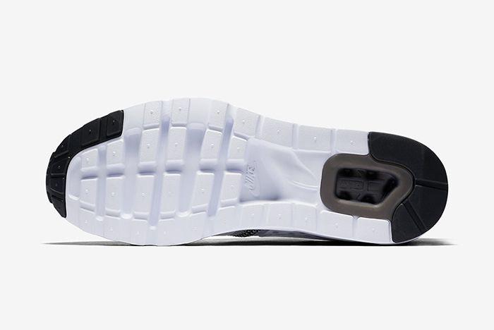 Nike Air Max Zero 5