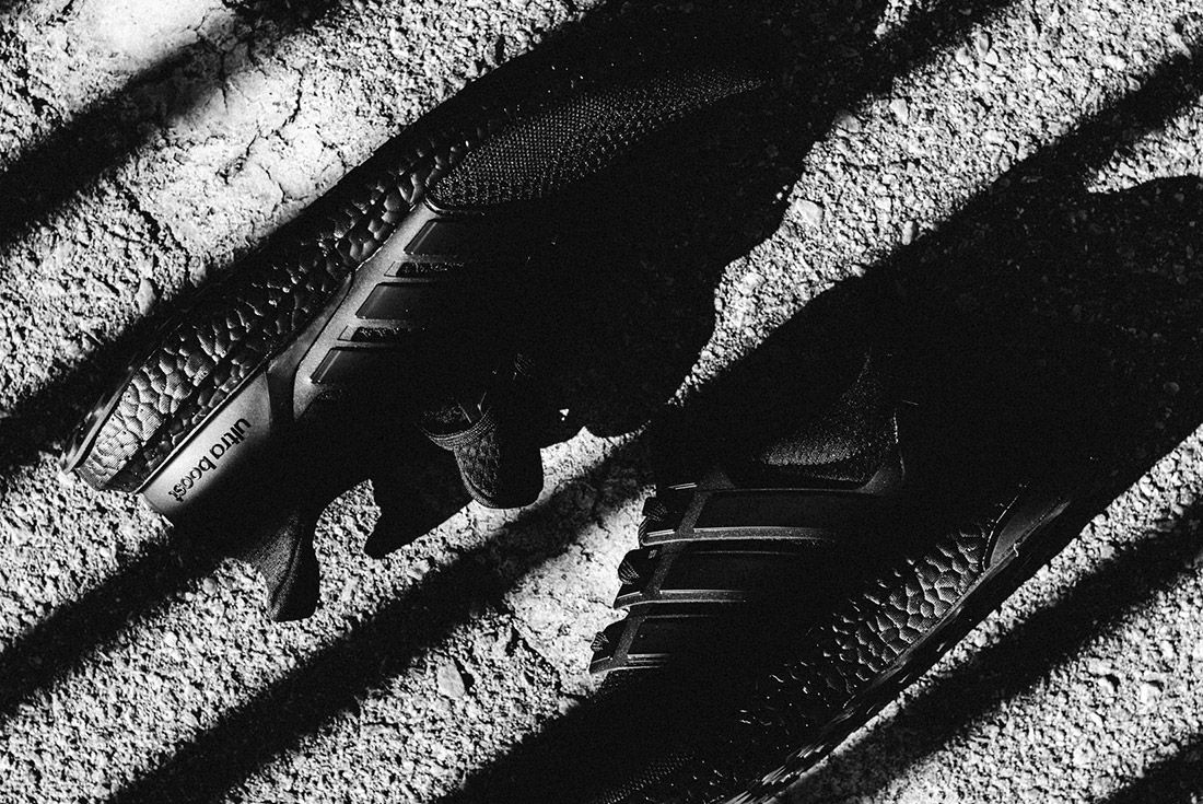 Van Styles Adidas Ultra Boost Triple Black 7