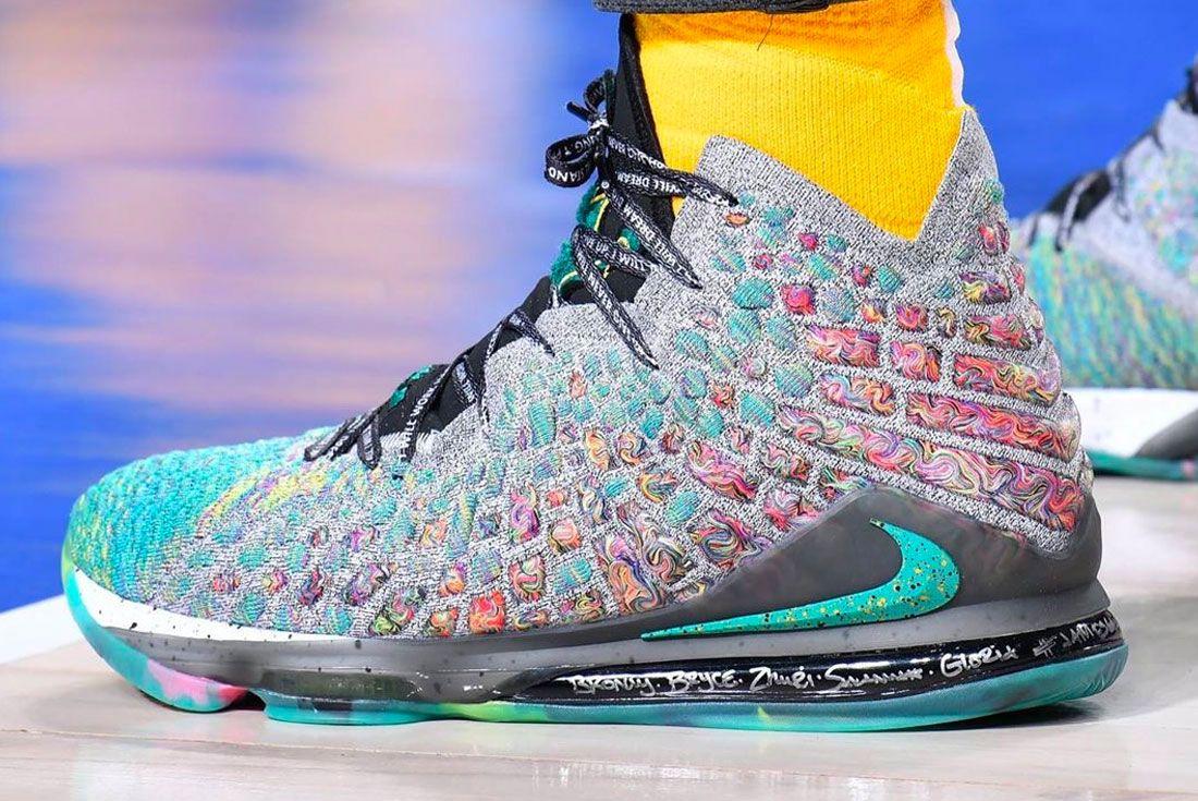 Nike Lebron 17 Left