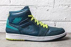 Nike Air Jordan 1 Retro 86 Lush Teal Safari Thumb