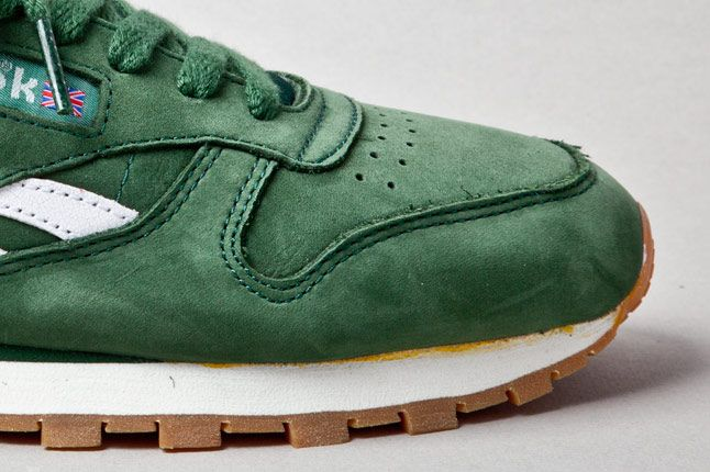Reebok Classic Leather Vintage Racing Green Toebox 1
