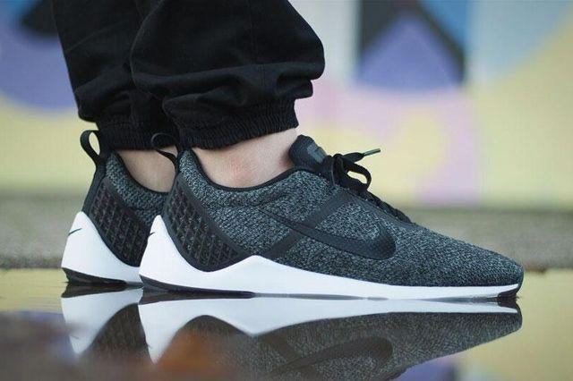 Nike Lunarestoa 2
