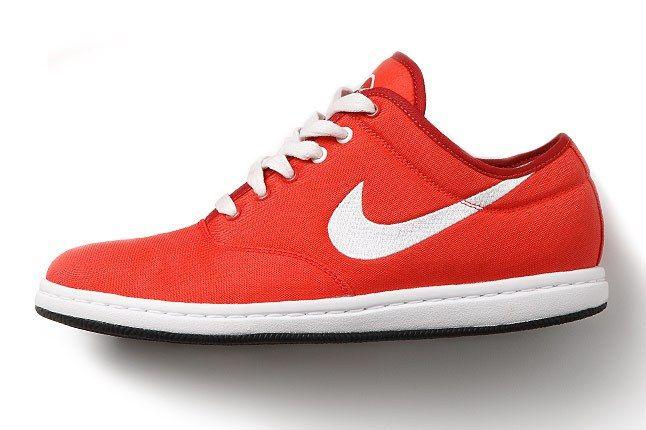 Nike6 0 Womens Air Isis 1 1