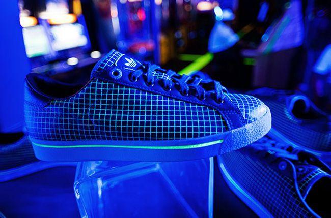 Adidas Vault 1 1