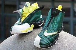 Thumb Sole Collector Nike The Glove Sonics 9