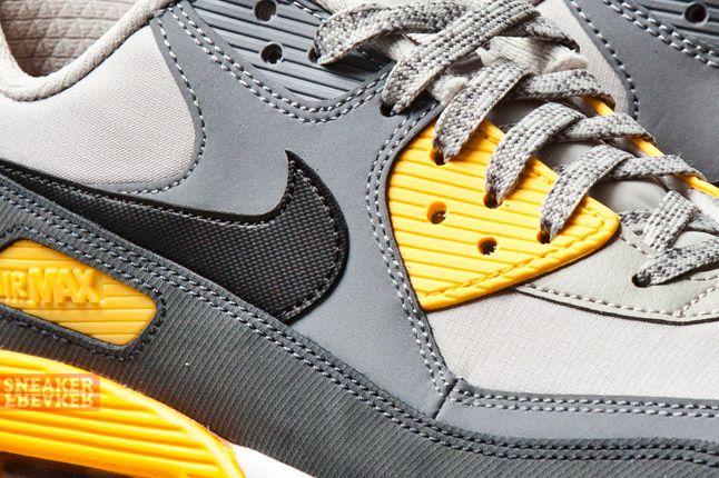 Nike Air Max 90 Essential Pale Grey Laser Orange 2 Det