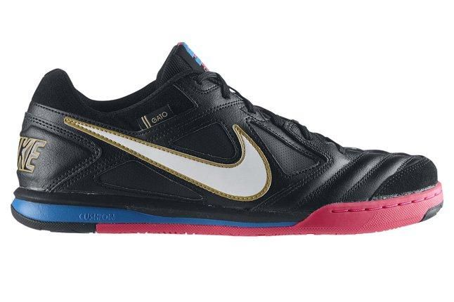Nike5 Gato Leather Cr Mens Soccer Shoe Side Profile 1