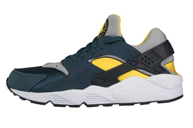 Nike Air Huarache Sulfur Squadron Blue Profile 1