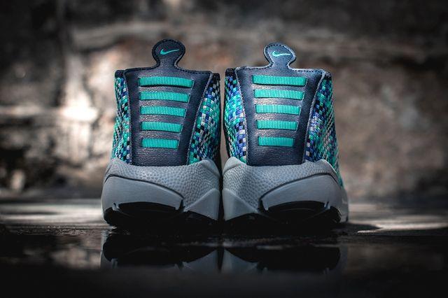 Nike Air Footscape Desert Chukka Hyper Jade 4