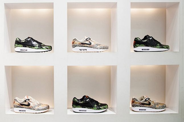 Atmos Nike Am1 Animal Camo Launch Recap Store Colab Display 1