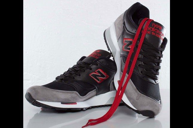 New Balance 1500 Black Red White Pair On Top 1