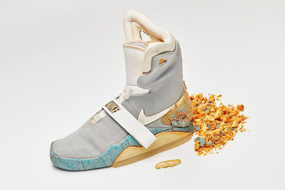 Nike Air Mag Left Crumble