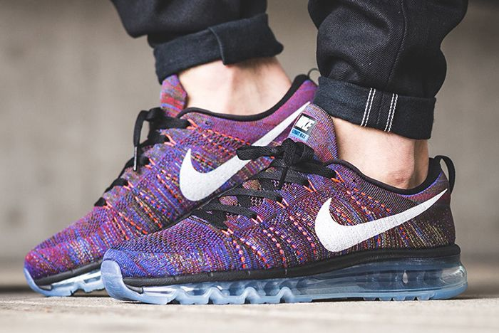 Nike Flyknit Max Feature