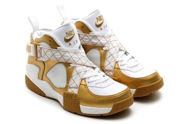 Nike Air Raid Metallic Gold 3