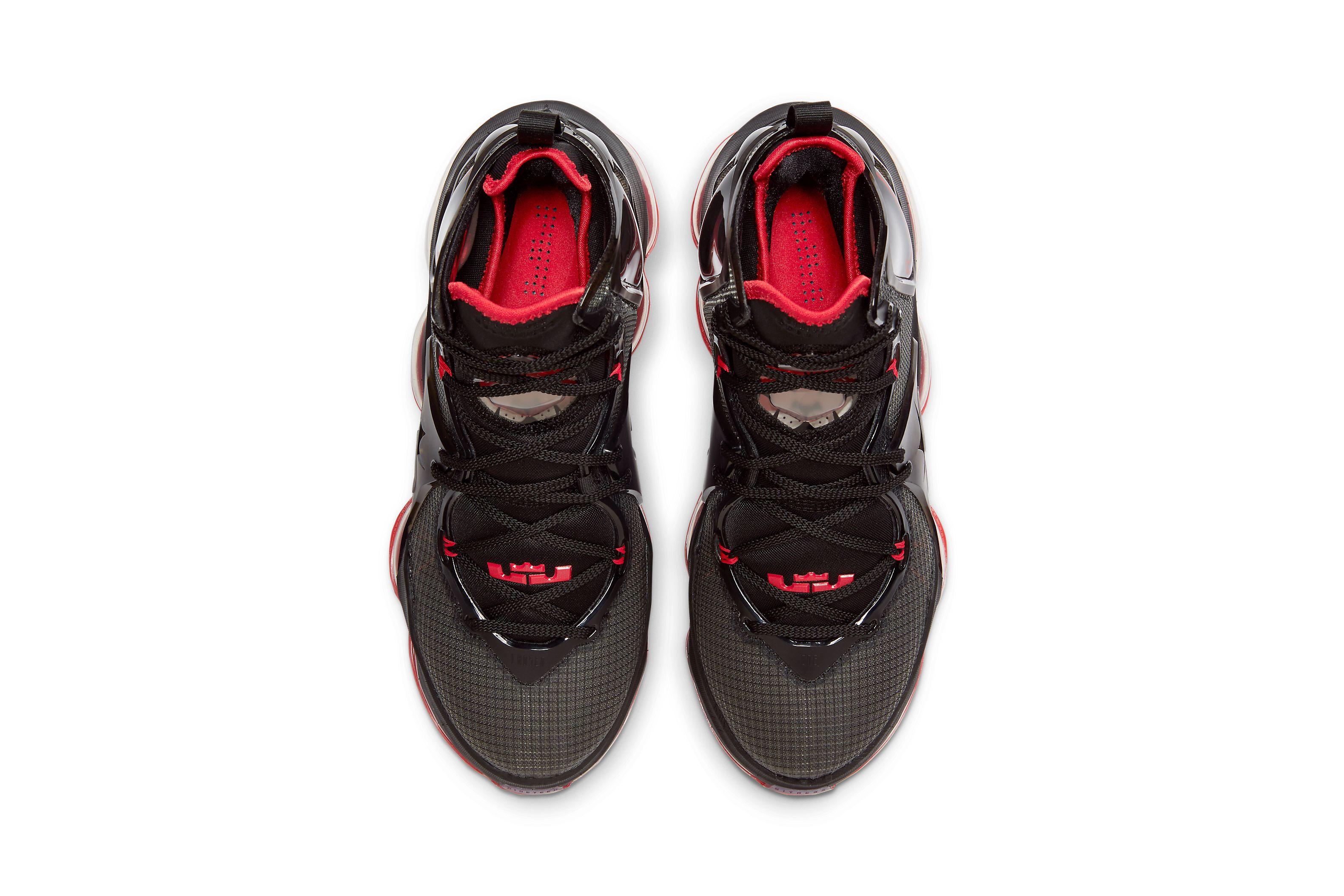 Nike LeBron 19 'Bred'