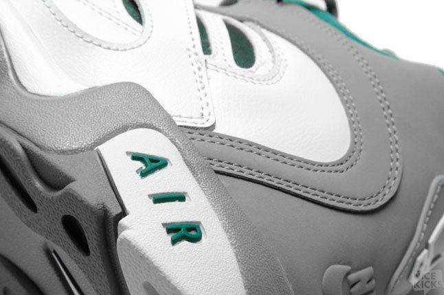 Nike Diamond Turf 2 5 1