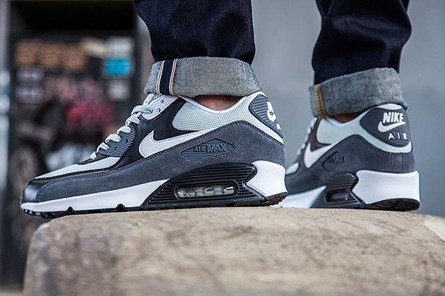 Nike Air Max 90 Grey Mist1