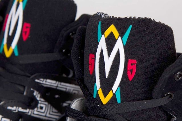 Adidas Mutombo Black White Bump 2