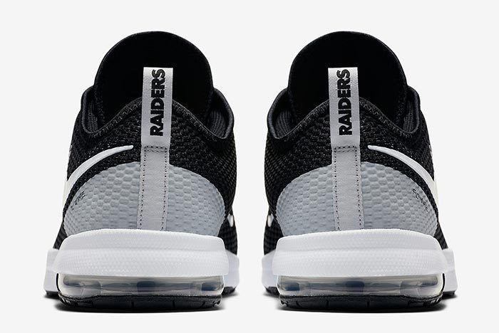 Nike Air Max Typha Raiders 1