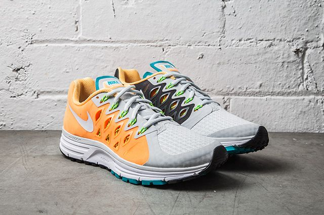 Nike Zoom Vomero 9 Atmoic Mango Turbo Green 1