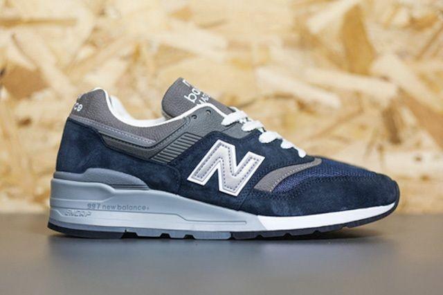 New Balance 997 Navy Thumb