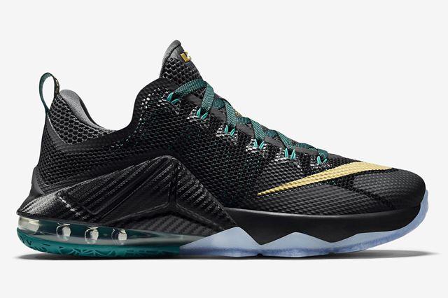 Nike Lebron 12 Low Svsm1