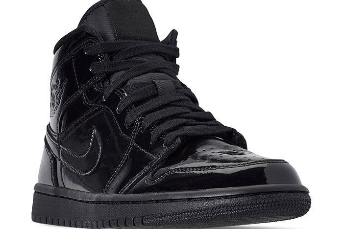 Air Jordan 1 Womens Triple Black Release 1
