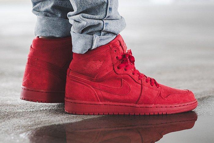 Air Jordan 1 High Bg Red Suede Thumb