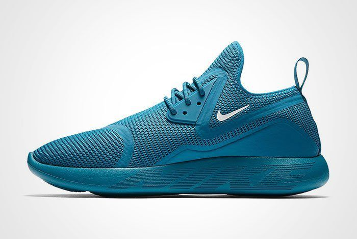 Nike Lunarcharge Breathe Blue Thumb
