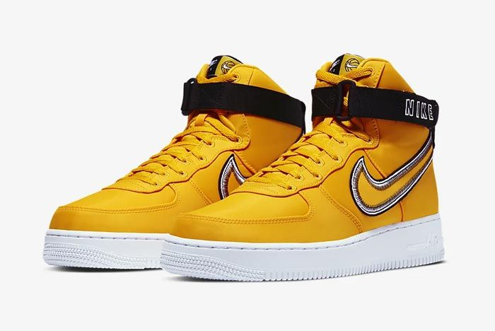 Nike Air Force 1 High University Gold Pair