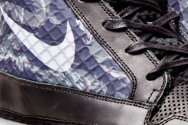 Nike Solarsoft Chukkasin Black Wolf Grey 4 1
