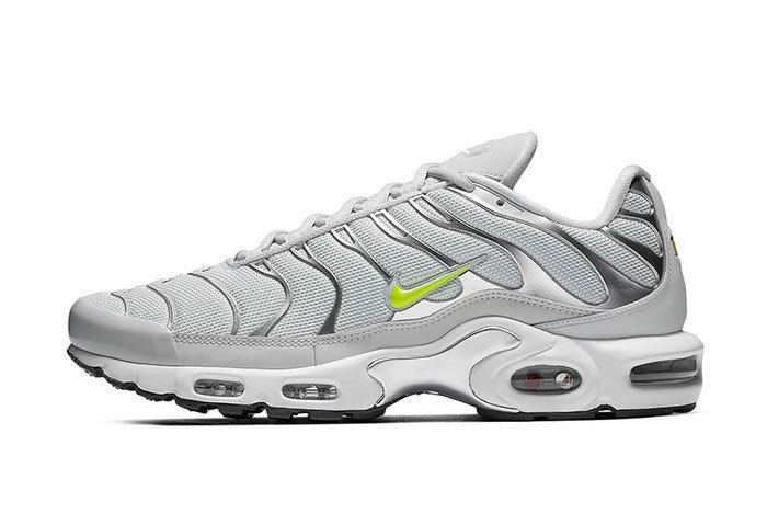 Nike Air Max Plus Grey Volt 1