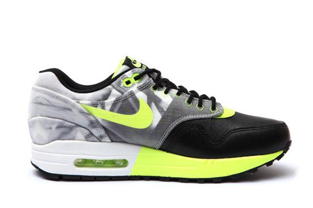 Nike Wmns Roshe Run Air Max 1 Training Pack 5