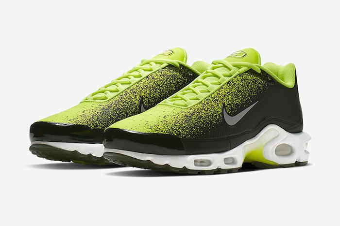 Nike Air Max Plus Tn Se Volt Ci7701 700 Release Date Pair