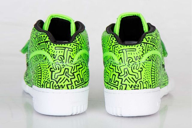 Keith Haring Reebok Classic Workout Mid Strap Neon Green 3